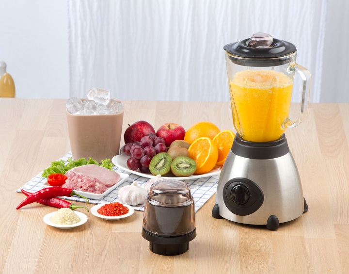 Blenders-for-Crushing-Ice-and-Frozen-Drinks