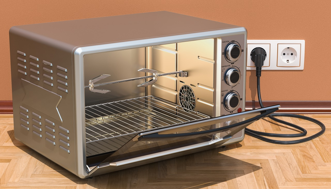 Opened-Convection-Toaster-Oven-with-Rotisserie-and-Grill-in-interior