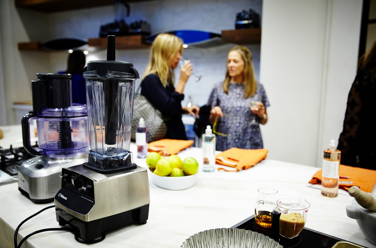 Sydney-Australia-with-a-Vitamix-and-Breville-food-processor-off-to-the-side