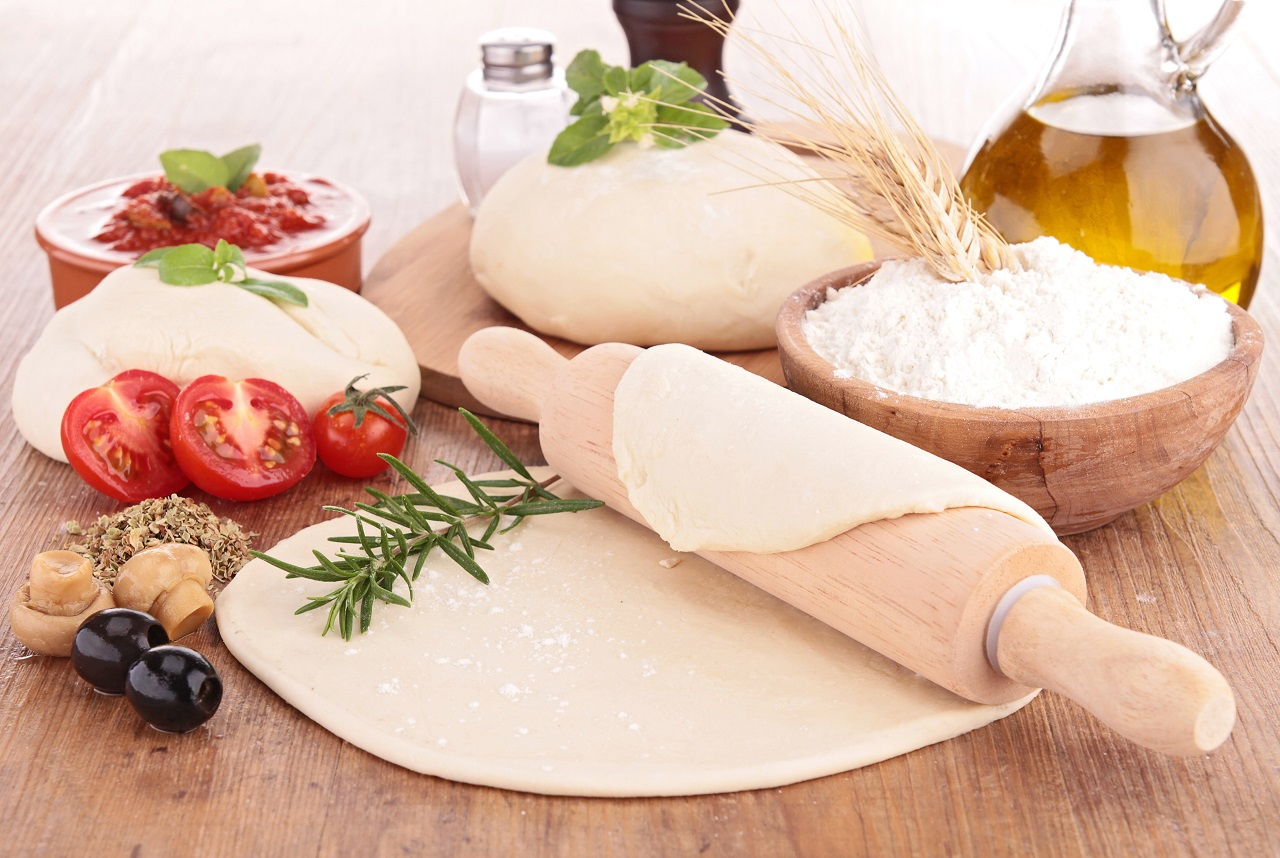 dough-pizza-with-ingredient