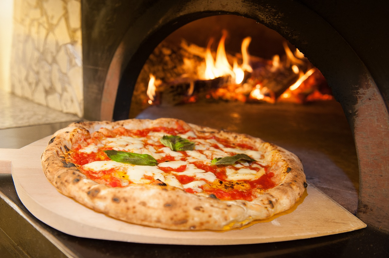 real-Neapolitan-Italian-pizza-called-margherita-pizza-just-out-of-the-oven