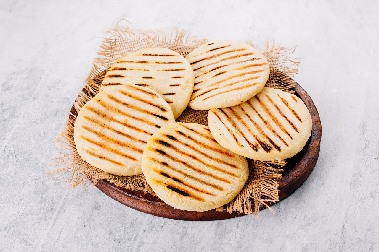 Top-view-of-arepas-made-with-corn-flour-Latin-American-food-concept