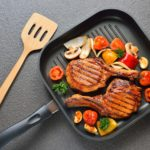 Grilled-pork-chops-and-vegetables-on-the-grill-pan